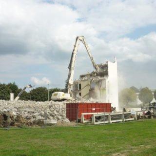 Déconstruction de Branly B pendant la rénovation urbaine (ANRU)