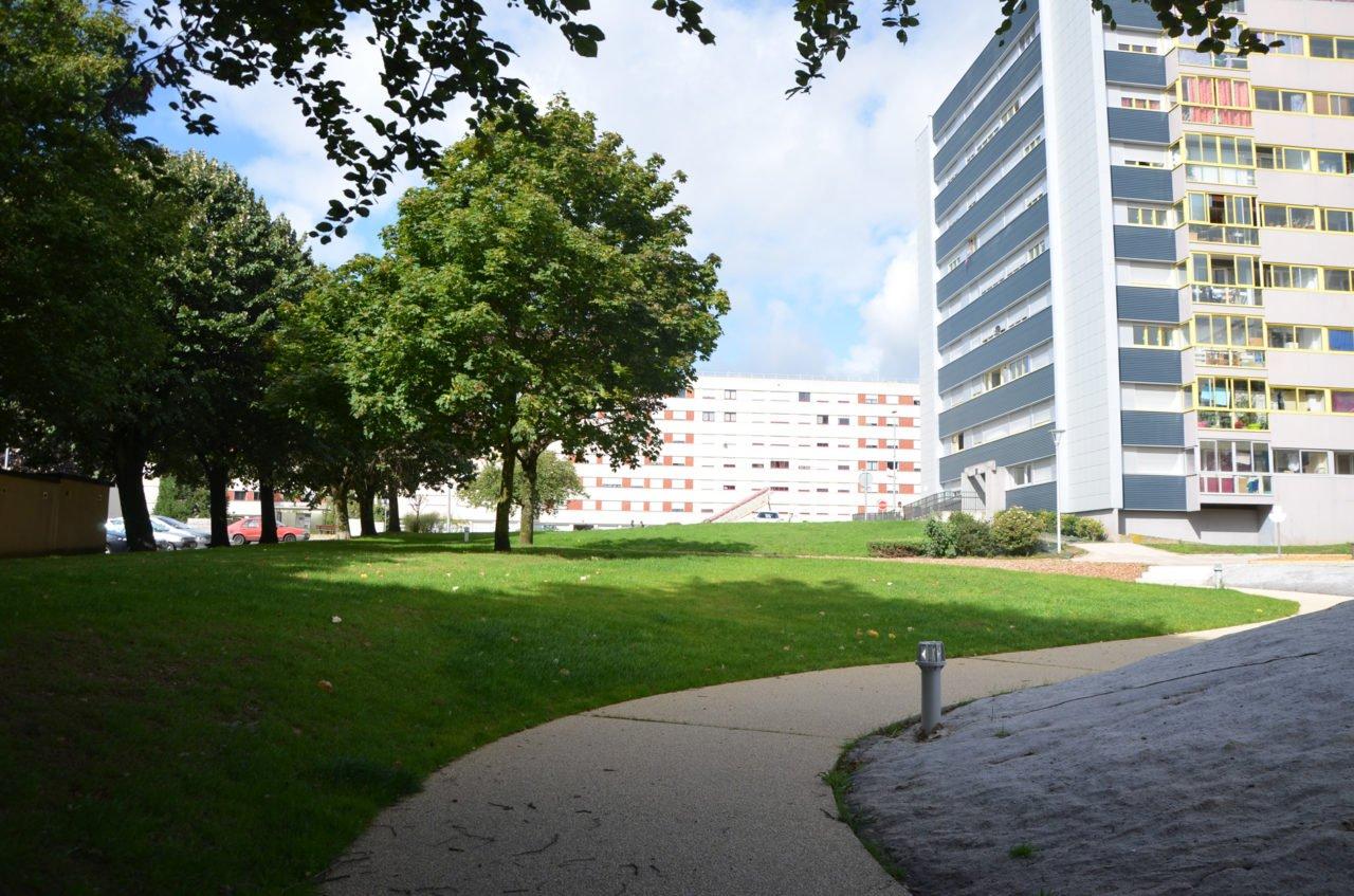 Aménagements des cheminements piétonniers dans le cadre de la rénovation urbaine (ANRU)