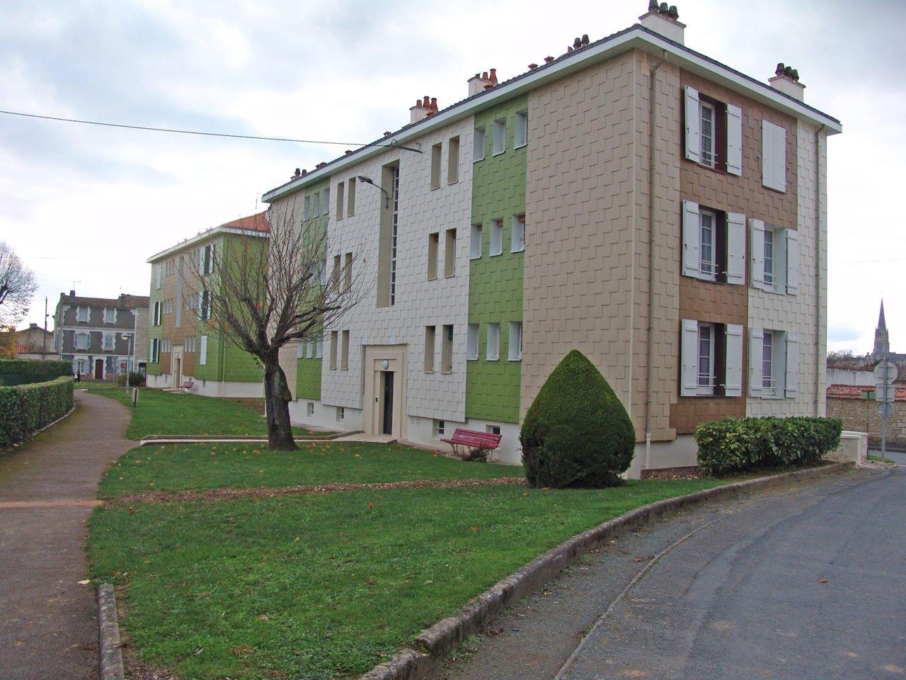 Residence de la sabliere vend e habitat for Location garage fontenay le comte