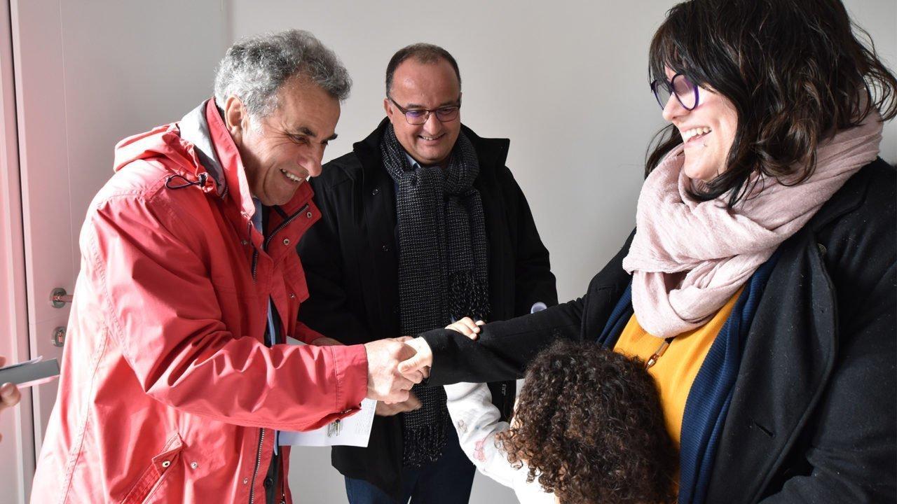 Logement à Mouilleron-le-Captif : remise de clés aux locataires